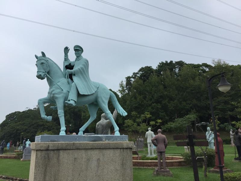 慈湖蒋介石雕塑