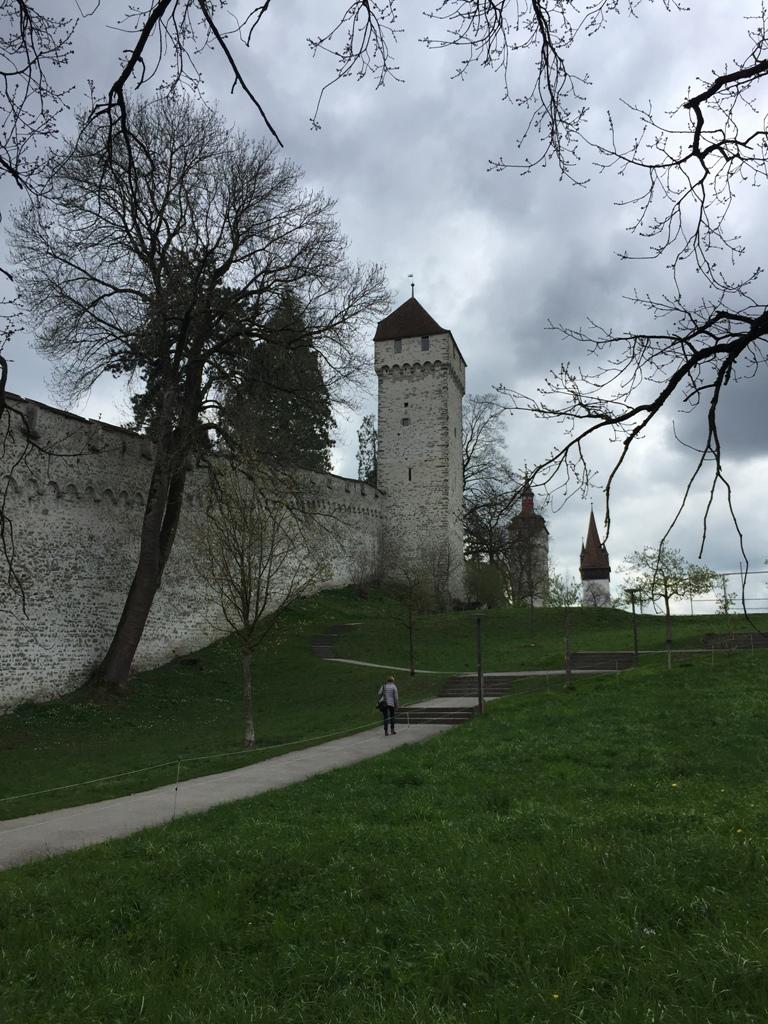卢塞恩古城墙