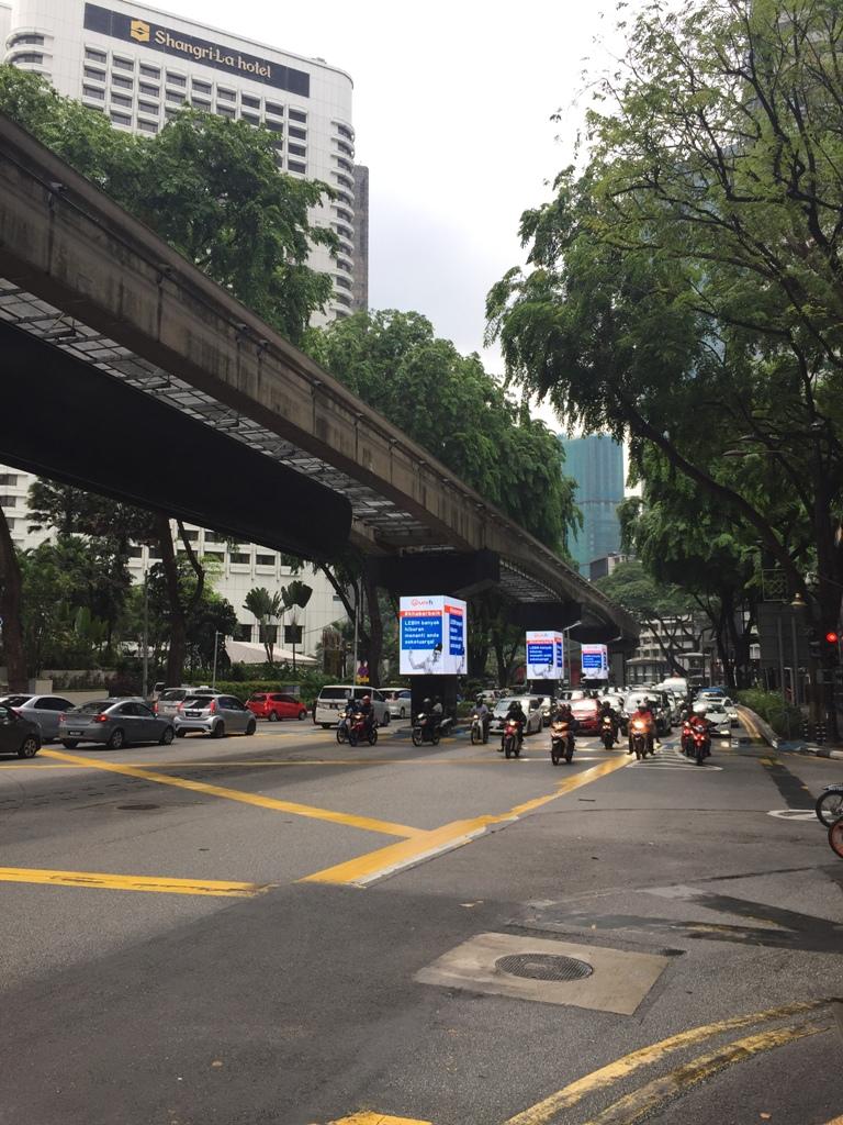 吉隆坡街头摩托车